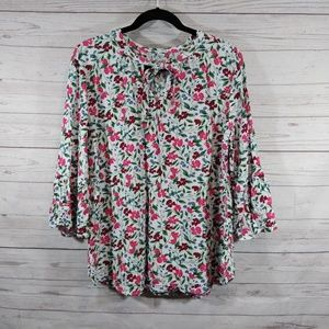 🎉 Old Navy floral peasant style top bell sleeves